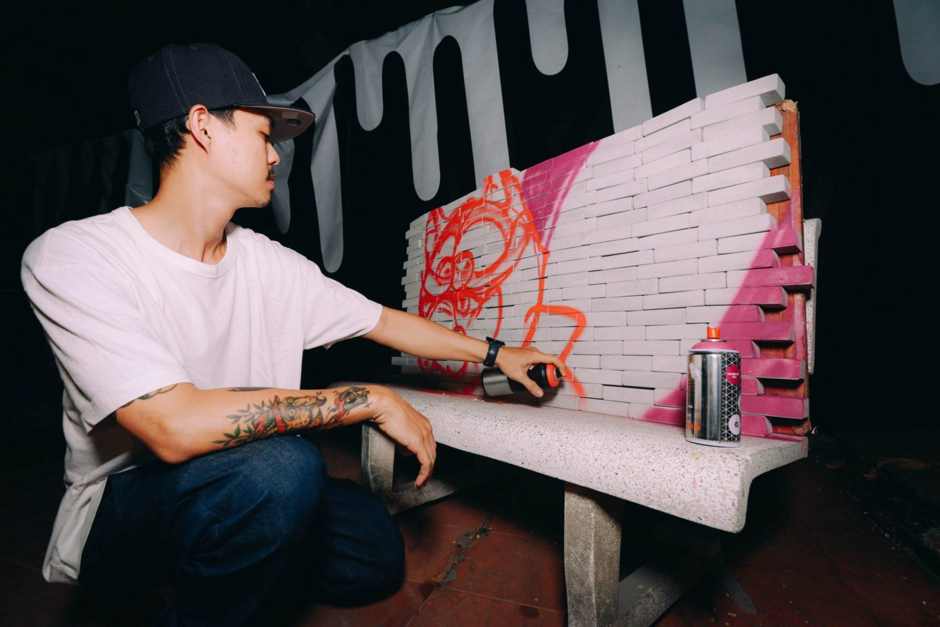 Saigon street artist Daos performance live for DRIP'IN