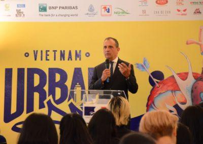 SUAF21 - Mr le Consul de France à Saigon  Vincent Floreani